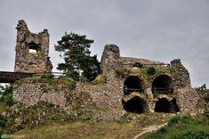 Zřícenina hradu Zubštejn / Zubrštejn Palaces, Prague, Castles, Mystic, Building, Travel, Viajes, Palace, Buildings