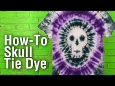 Halloween is right around the corner and I& dreamed up the perfect tie dye project for you. Getting this skull tie dye shirt isn& a. Make A Tie, How To Tie Dye, How To Dye Fabric, Fabric Art, Diy Tie Dye Shirts, Dye T Shirt, Tye Dye, Diy Camisa, Tie Dye Party