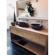 Bathroom Inspiration, Bathroom Vanity, Bathroom Makeover, Bathroom Toilets, Toilet, Interior, Double Vanity, Industrial House, Kitchens Bathrooms