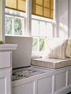 Window seat with built-in file storage.if we build a window seat in the study Comedor Office, Home Office Design, House Design, Design Room, Office Designs, Dining Room Office, Office Chairs, Office Seating, Office Table