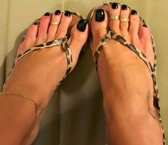 Nice Toes, Pretty Toes, Jamel Shabazz, Sexy Toes, Sexy Nails, Tan Body, Foot Toe, Black Toe, Female Feet