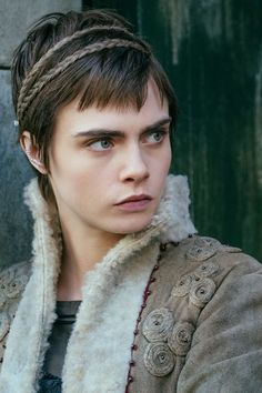 Cara Delevingne's Carnival Row Character Is Mysterious, Even To Her Cara Delevingne, Orlando Bloom, Sherlock Holmes, Fictional World, Story Characters, Amazon Prime Video, Drama, Movie Costumes, Film Serie