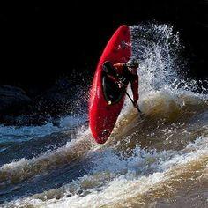 White Water Kayaks - Tips For Safe Kayaking - Kayak Sherpa Cycling Quotes, Cycling Art, Cycling Jerseys, Kayak Paddle, Canoe And Kayak, Kayaks, Kayak Adventures, Outdoor Adventures, Whitewater Kayaking