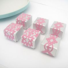 tiny gift boxes by Hoera on Etsy