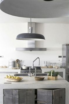 cabin kitchen relaxed - white & grey