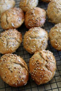 eltefrie rugrundstykker I Love Food, Good Food, Yummy Food, Danish Food, Cookie Pie, Recipes From Heaven, Bread Baking, Bread Recipes, Bakery