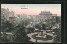 Alte Ansichtskarte: AK Forst, Bismarckplatz mit Denkmal