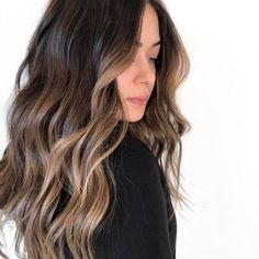 Brunette Hair Color With Highlights, Dark Brunette Hair, Balayage Hair Blonde, Brown Balayage, Brown Blonde Hair, Hair Highlights, Black Hair, Subtle Balayage, Full Balayage