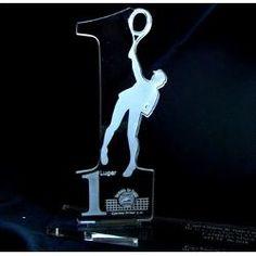Trofeos Acrilicos  Medallas Placas Reconocimientos - Bs. 15.800,00