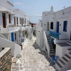 📍island of Sifnos (Σίφνος) Kastro village , one of the most picturesque and fascinating places of the island !