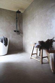 honingzoete Kotola zwarte douche Scandinavian Interior, Bathtub, Bathroom, Standing Bath, Washroom, Bathtubs, Bath Room, Bath, Bathrooms