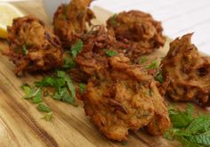 : Onion bhaji