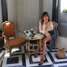 Hoy hemos pasado el día con @jeannedamas, creadora de la firma @rouje, que nos ha contado todos los secretos del perfecto estilo parisino.…