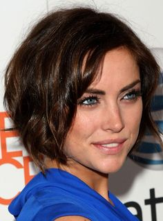 #JessicaStroup always has the perfect hair/hairstyle