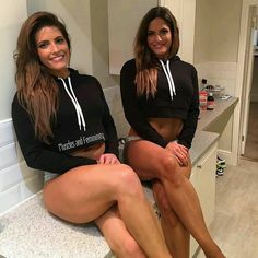 #musclesandfemininity #smile #legs #quads #goodtimes #diet #healthy #abs #inspire #motivated #aesthetic #shoot #muscles #workhard #protein #beauty #fashion #bestoftheday #strength #bikini #offseason #trainhard #fitchicks #noexcuses #hardcoreladies #nopainogain #physique #inspiration #motivation #photooftheday