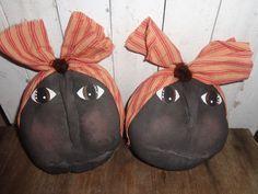 2 Primitive Grungy Mammy Doll Ornies Bowl Fillers Handmade #NaivePrimitive #Handmade