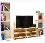 Catálogo de Fasten Box. Estantería modular Plywood Shelves, Flat Screen, Box, Furniture, Ideas, Home Decor, Modular Shelving, Form Design, Home
