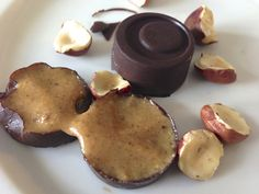 February - Best 35 Recipes for National Cream-Filled Chocolates Day: Melt in the mouth Hazelnut Cream Filled Chocolate Paleo Sweets, Paleo Dessert, Healthy Dessert Recipes, Candy Recipes, Raw Food Recipes, Sweet Recipes, Delicious Desserts, Snack Recipes, Yummy Food