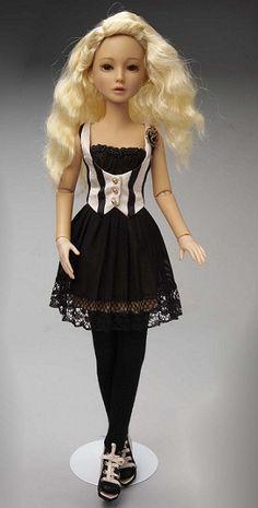 Delilah Noir - Vintage Outfit