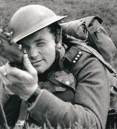 Jan Kubiš with Lee-Enfield rifle. Source: http://www.ustrcr.cz/data/pdf/pamet-dejiny/pad1202/110-127.pdf