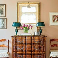 """Southern Living on Twitter: """"We love every inch of the elegant decor in this classic New Orleans home: https://t.co/Em7JJ8TMWl https://t.co/W0eu9pvKlz"""""""