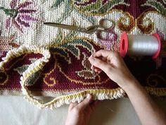 tapeçaria: Como fazer Tapete de Arraiolo Embroidery Stitches, Hand Embroidery, Jute Rug, Loom Weaving, Rug Hooking, Handicraft, Needlepoint, Handmade Rugs, Cross Stitch Patterns