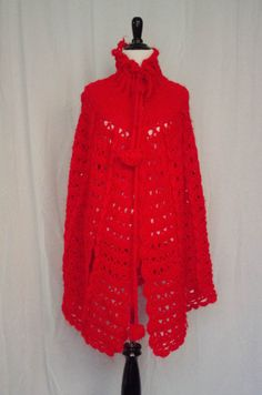 Vintage 1970's 'Huntsman' Crimson Crochet Cape / Poncho by BeehausVintage on Etsy