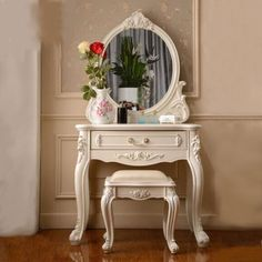 Elegant Parisian-Style Carved Solid Wood Vanity Set