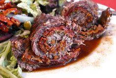 Rezept für Mediterrane Rinderrouladen, gefüllt mit Parmaschinken, getrockneten Tomaten, Knoblauch, Parmesan und Kapern