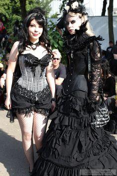 Burlesque and Victorian gothic fashion from Wave Gotik Treffen 2011