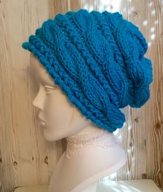 "Bonnet ample style ""Slouchy Beanie"" couleur bleu mer"