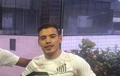 """Gabriel reencontra Rolón após disputa pela Seleção Sub-20: """"Tem qualidade""""  http://santosjogafutebolarte.comunidades.net/seu-placar-de-palmeiras-x-santos"""
