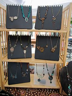 Love My Art Jewelry: More on Displays, Lets Keep the ball rolling. (tips on displays and jewelry storage during transportation e. Jewelry Booth, Jewelry Show, Jewelry Tree, Jewelry Stand, Wooden Jewelry, Jewelry Making, Hand Jewelry, Jewelry Holder, Diy Jewelry