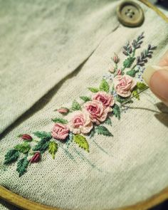 64.5k Followers, 471 Following, 190 Posts - See Instagram photos and videos from 刺繡作家 王瓊怡 Joanne (@up_in_the_hill)