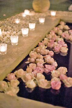 15 Pool Decor Ideas For Your Backyard Wedding ❤ See more: http://www.weddingforward.com/wedding-pool-party-decoration-ideas/ #weddings #decorations