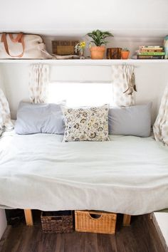 """The """"Sorta Scary to Sweetly Stylish"""" Camper Makeover — Decorating & Remodeling Project   Apartment Therapy"""