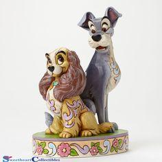 Jim Shore Disney Traditions - Lady and the Tramp Opposites Attract figurine 4046040 Disney Pop, Walt Disney, Disney Pixar, Cinderella Disney, Disney Parks, Jim Shore Disney, Broches Disney, Simba Rey Leon, Britto Disney