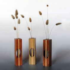 Vases for flowers or dried arrangements in various timbers. Unique Woodworking, Woodworking Wood, Popular Woodworking, Woodworking Projects, Bud Vases, Flower Vases, Wood Vase, Container Flowers, Pots