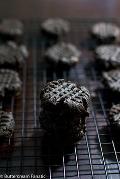 Midnight Chocolate Peanut Butter Cookies from acleanbake.com #glutenfree #grainfree #lactosefree