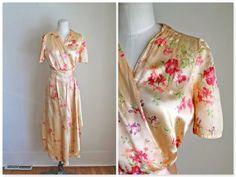 vintage 1940s silk robe  PEACHY PANSY floral silk satin by MsTips, $79.00