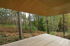 Open corners create amazing framed views!  Lennox Residence / Artau Architecture
