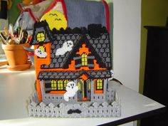 Spooky Plastic Canvas....Beware! - AWESOME!