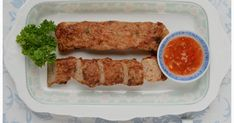 Indonesian Medan Food: Ngohiong (Five Spice Chicken and Prawn Rolls) Seafood Recipes, Snack Recipes, Cooking Recipes, Healthy Recipes, Snacks, Indonesian Desserts, Indonesian Cuisine, Indonesian Recipes, Five Spice Chicken