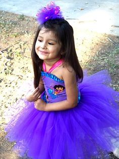 This is a perfect party dress for my niece dora theme party i will also try to make one kind of the same for her birthday party!!!!!