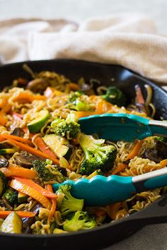 This super Easy Vegetable Ramen is full of tender crisp vegetable, tender noodles and a flavorful sauce. Plus this meal can be made in only 20 minutes!