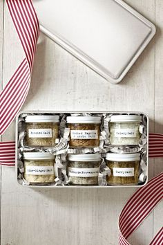70 Homemade Food Gifts to Bring to Every Christmas Party Flavored Salts Christmas Food Gifts, Christmas Gifts For Boyfriend, Handmade Christmas Gifts, Homemade Christmas, Boyfriend Gifts, Christmas Diy, Christmas Presents, Christmas Hamper, Boyfriend Girlfriend