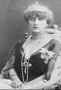 HM Queen Augusta Viktoria of Portugal (1890-1966) née Her Serene Highness Princess Augusta Viktoria of Hohenzollern