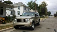 Make: Jeep Model: Liberty Year: 2010 Body Style: SUV Exterior Color: Gold Interior Color: Beige Doors: Four Door Vehicle Condition: Excellent Please Contact: 260-316-1977 For More Info Visit: http://UnitedCarExchange.com/a1/2010-Jeep-Liberty-946845462326
