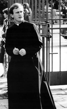 Father Jerzy Popieluszko - He's da man! Catholic Priest, Catholic Saints, Catholic Art, Pope Pius Xii, Christopher Plummer, Bestest Friend, St Therese, Pope John, The Son Of Man