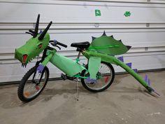 Bike Decorations, Bike Parade, Dragon, Kids Bike, Spring Festival, Diy Costumes, Kids House, Scooters, Acorn
